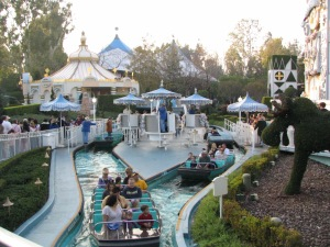 it's a small world boats - Disneyland Part 4