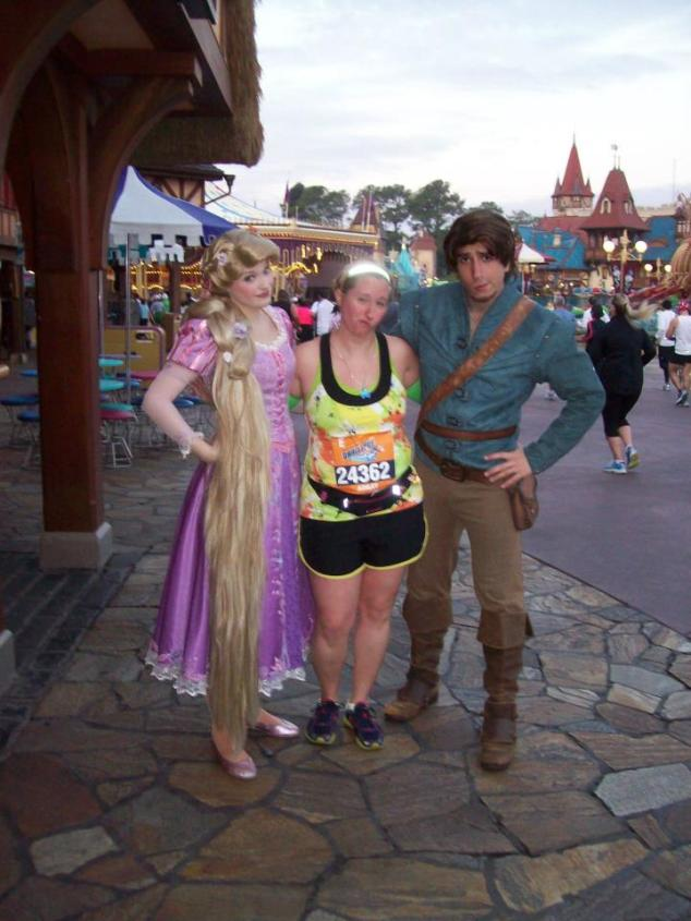 Rapunzel and Flynn during the 2012 WDW 1/2 Marathon